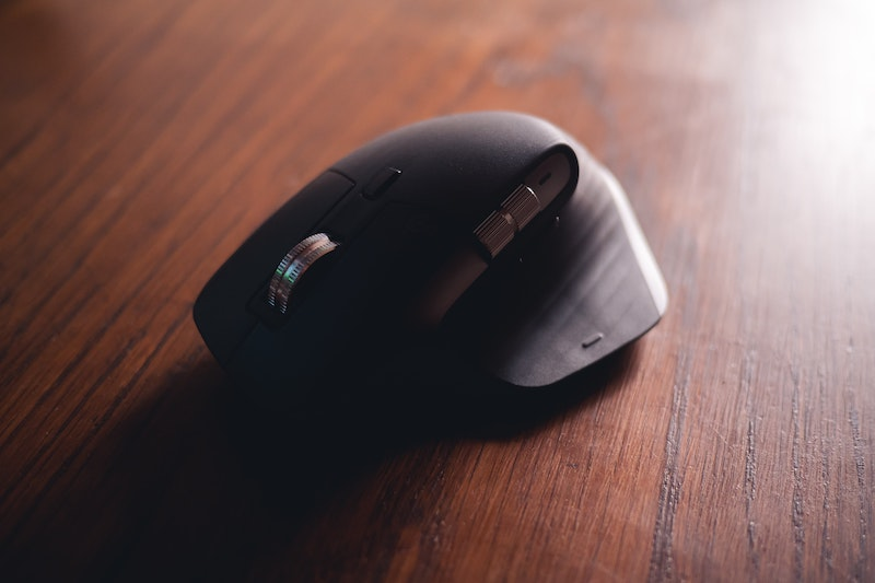 mouse on desk